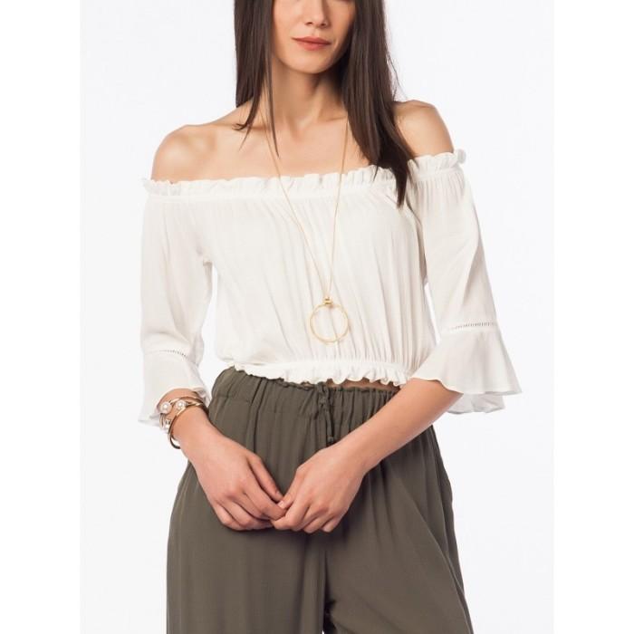 Недостатки блузок с открытыми плечами.