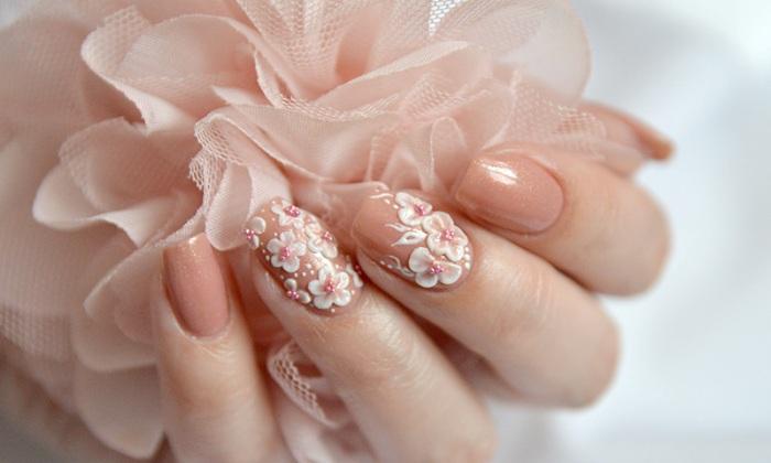 Акриловая лепка на ногтях.