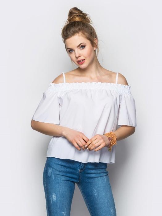 Преимущества блузок с открытыми плечами.