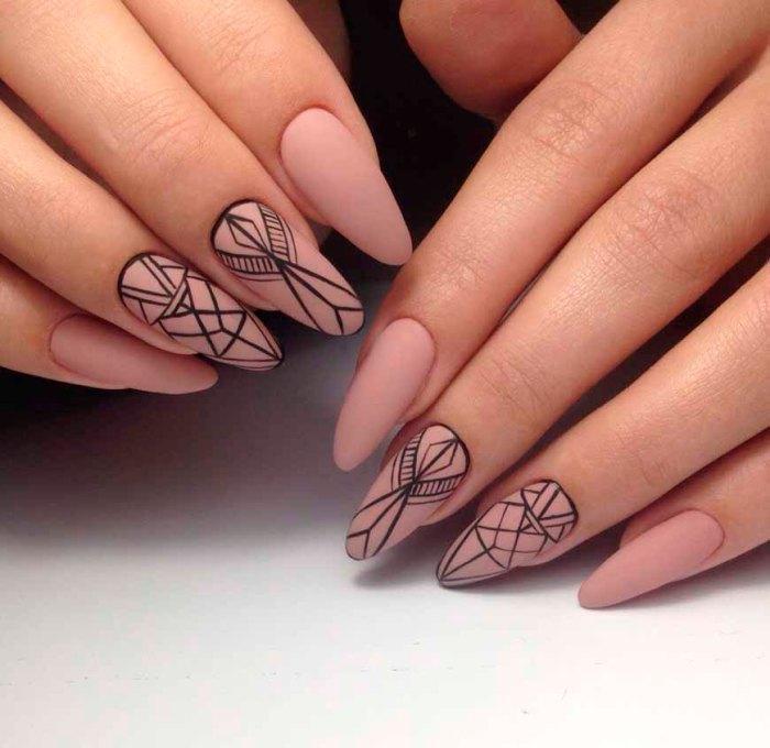 Ногти с рисунком.