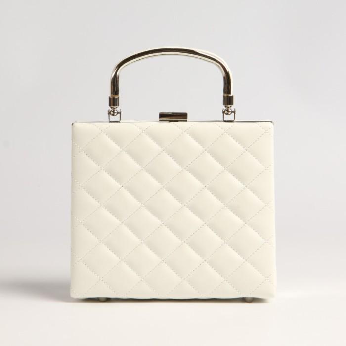Белая сумка.