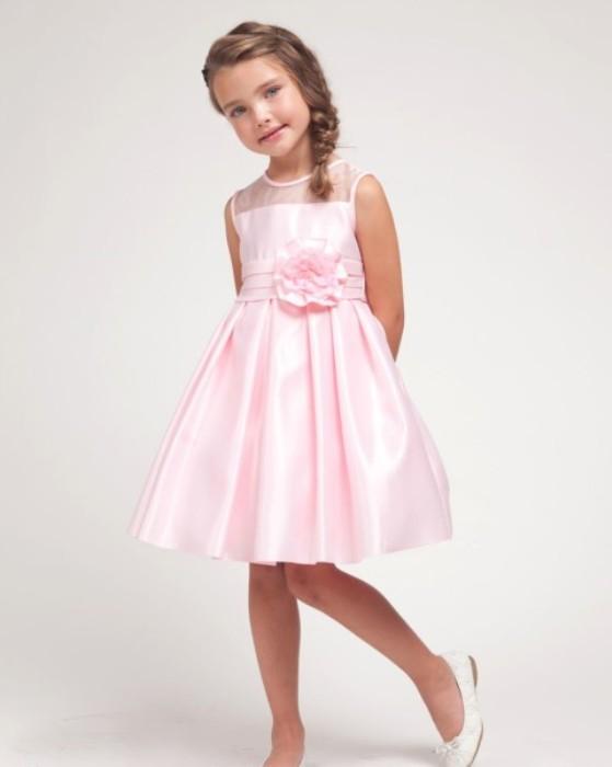 Атласное платье для девочек. Модные новогодние платья для девочек в 2020-2021 году.