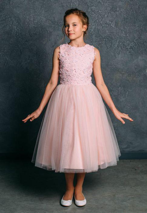Платье из фатина.