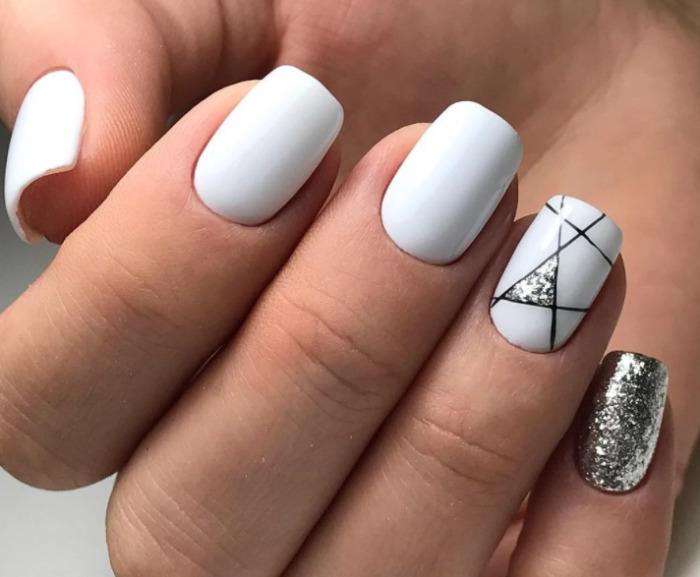 Геометрия на ногтях.