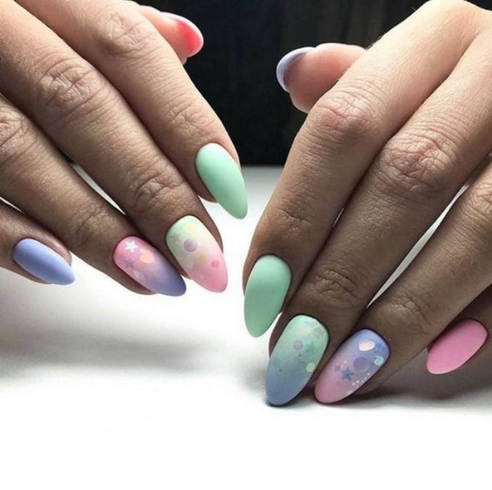 Градиентные ногти с камифубуки.