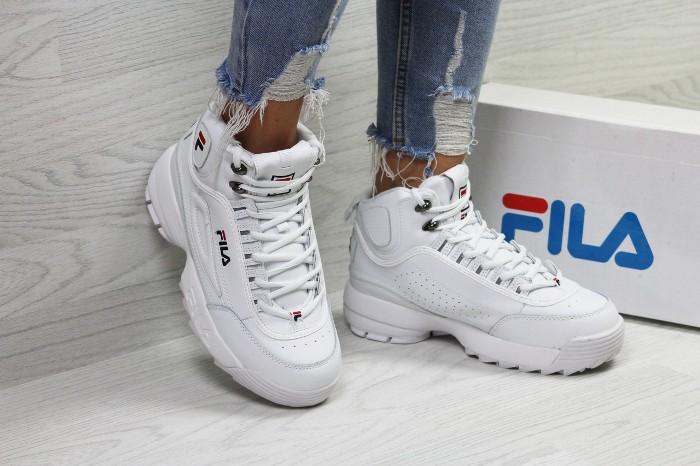 кроссовки Фила.