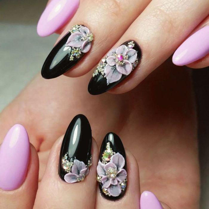 Лепка на ногтях.