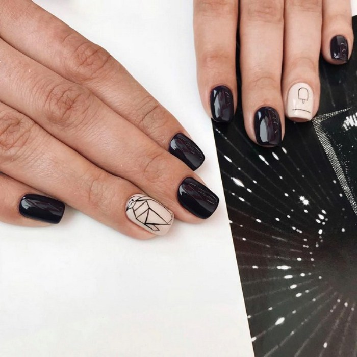 геометрические узоры на ногтях.