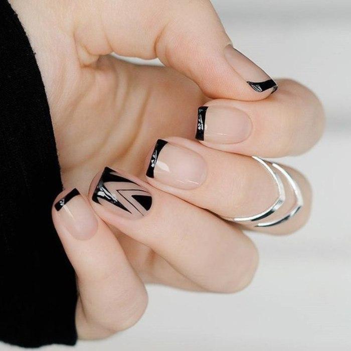 дизайн ногтей Negative space.