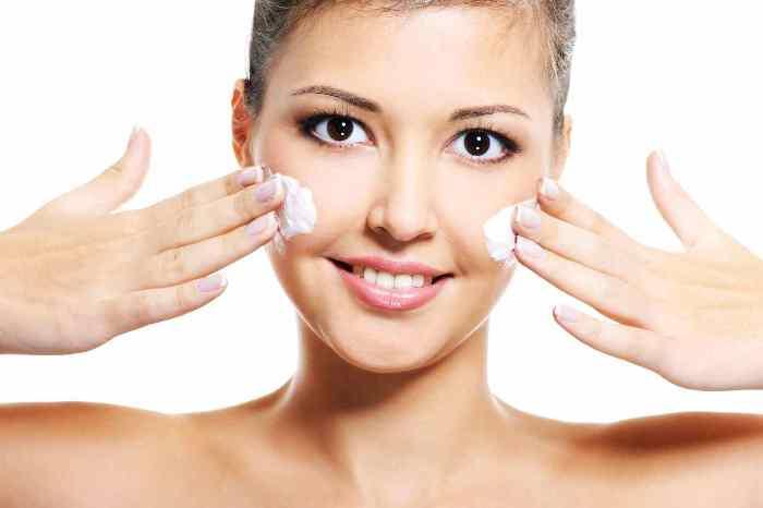 Увлажнение кожи лица.