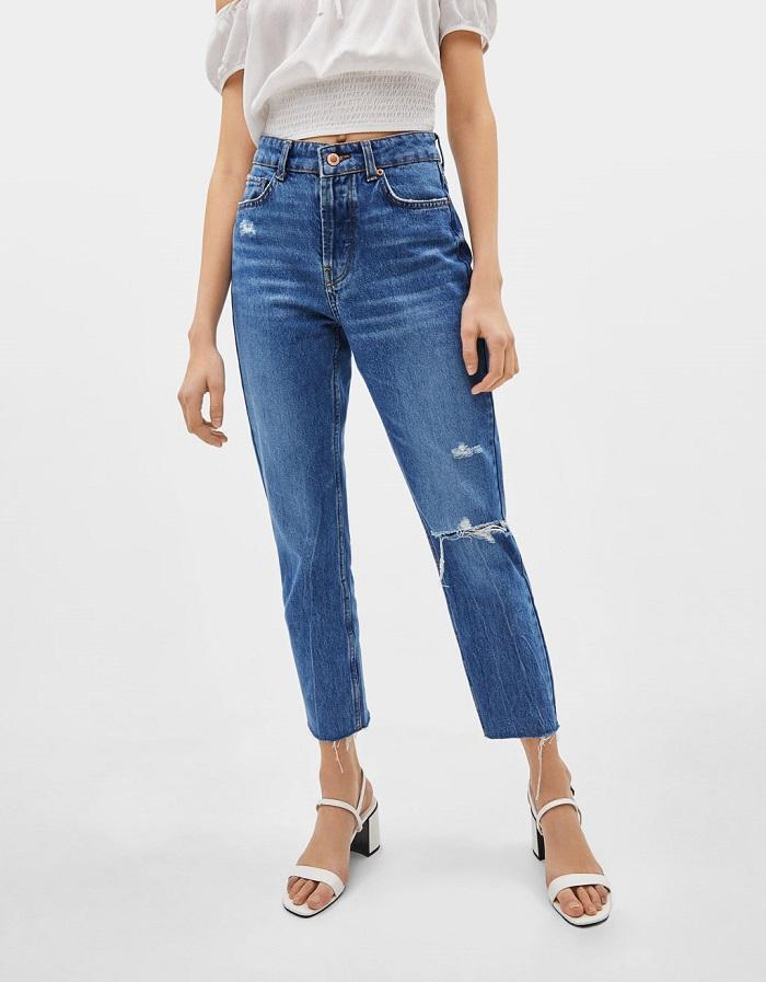 джинсы с высокой талией.