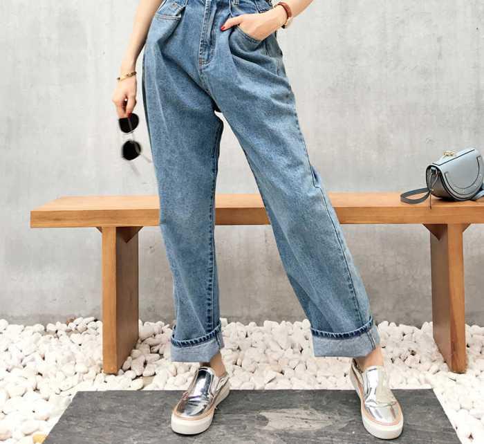 Брюки джинсовые классические.