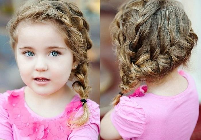 Плетение косы. Красивые прически и стрижки для девочек в 2021 году