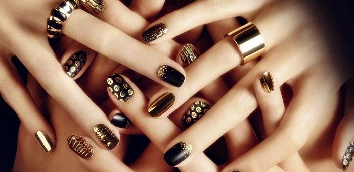 Золото на ногтях.