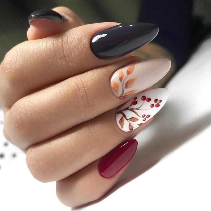 Осенняя тематика на ногтях.