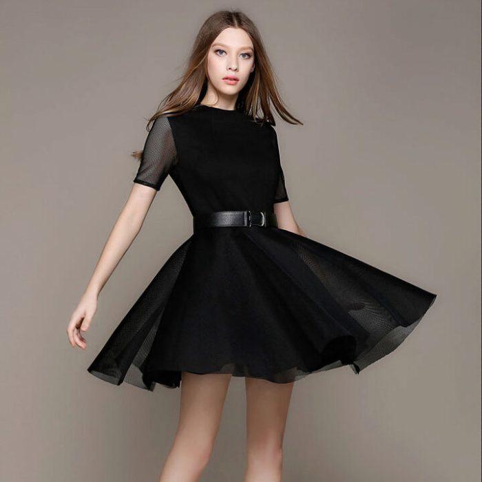 Черное платье с юбкой солнце.