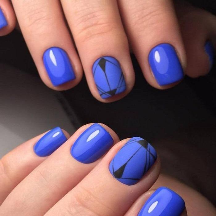 Геометрический дизайн ногтей.