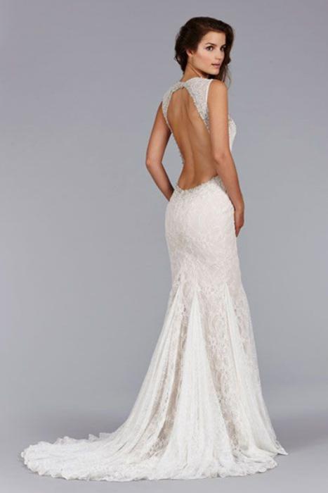 Модное свадебное платье.